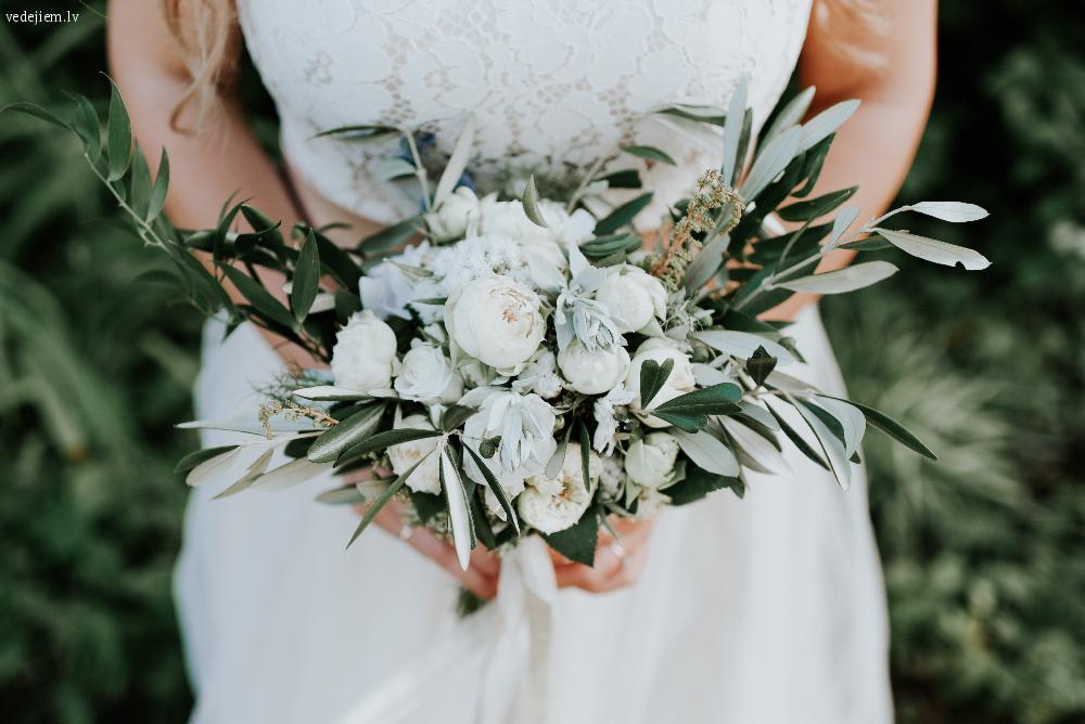 Skaisti kāzu ziedi | Līgavas pušķi | Auto dekorācijas | Dekoputni