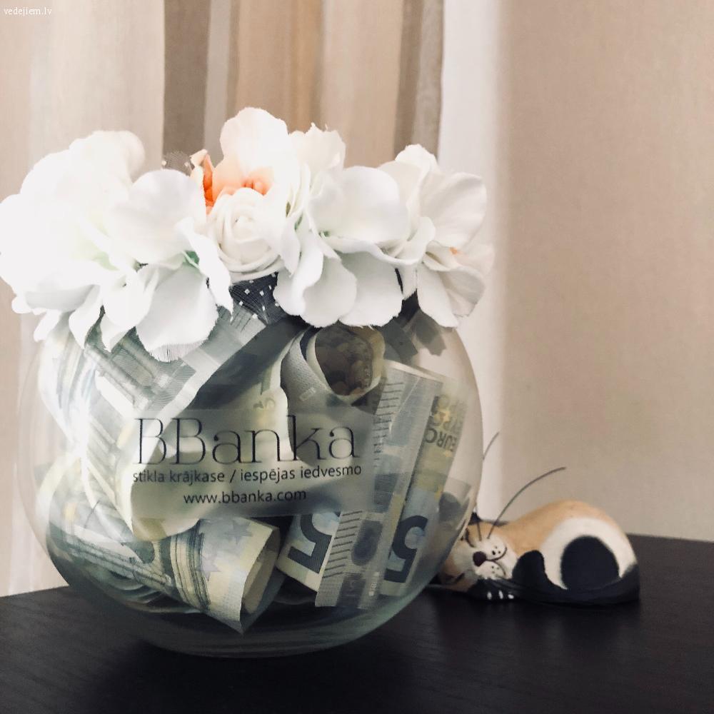 BBanka Krājkase ir caurspīdīga naudas krājkasīte | Dāvana jaunajam pārim
