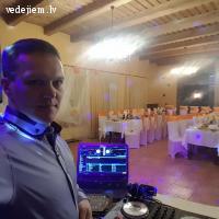 DJ  Pēteris Muižnieks