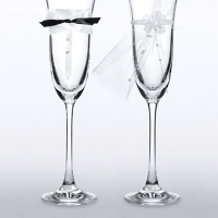 Kostimi.lv - jaunlaulāto glāzes kāzām