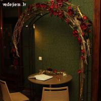 Laulību ceremonija Lūznavas muižas Sarkanajā zālē