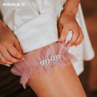 Līgavas kājas prievīte by Julija Moisejeva