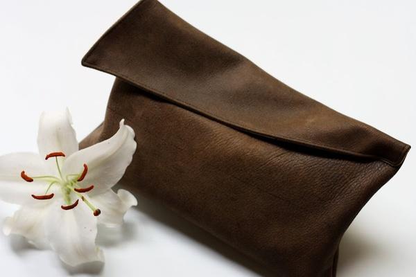 ādas somiņa