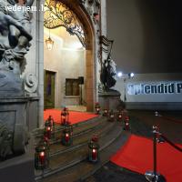 Kāzu ceremonija kinoteātrī Splendid Palace