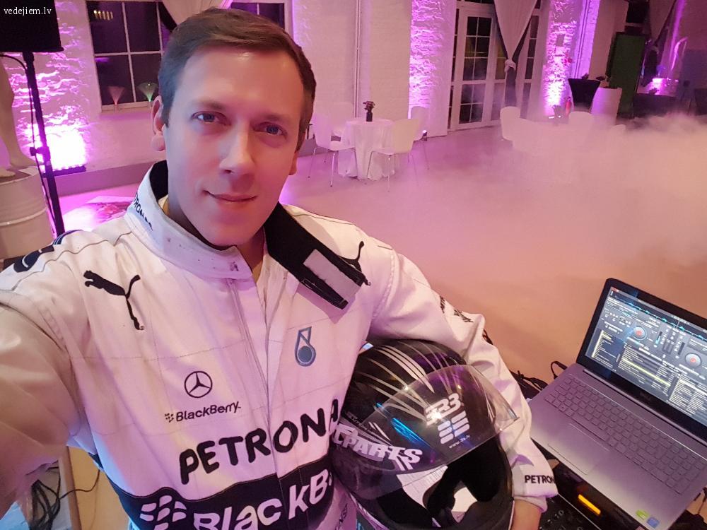 Kāzu DJ un pasākumu vadītājs | Zigmars Bergmanis