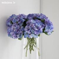 Nevīstošs skaistums jūsu kāzām - mākslīgo ziedu noma