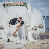 Romantiska laulību ceremonijai Villa Anna jūras krastā