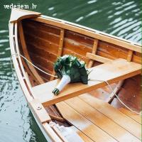 Skaista laiva | Balta laiva | Laivas noma | Mr. Magpie Boat