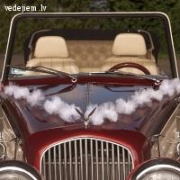 Stilīgi kāzu auto dekori