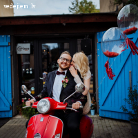 Vespa Garazh piedāvā nomas VESPAS | Kāzu Fotosesijai | Kāzām